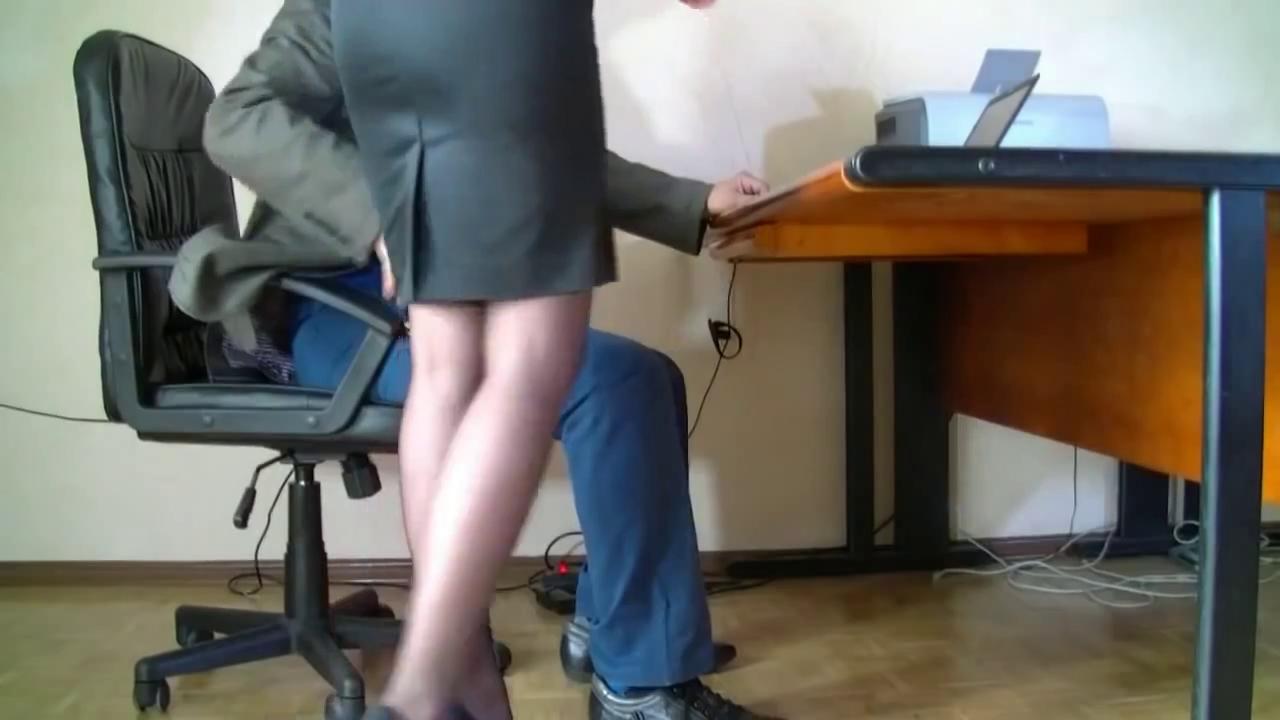 веб камеры под столом в офисах мне смешно собсно