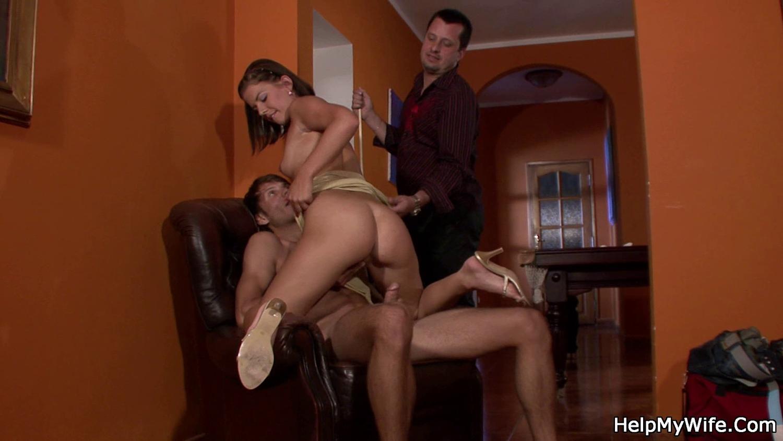 Смотреть порно с money talks, Порно с сексуальными девочками за деньги в hd качестве 12 фотография